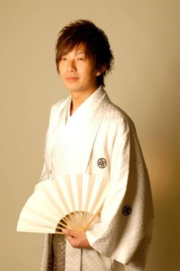 成人式に!男性用紋付袴レンタルがおすすめ。