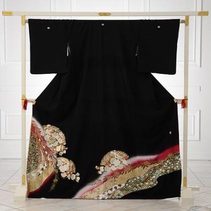 黒留袖Q3-56桂由美光彩バラ紅