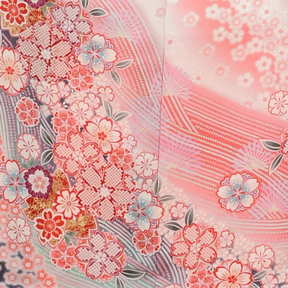 振袖E012 ピンクしぼり桜花の舞