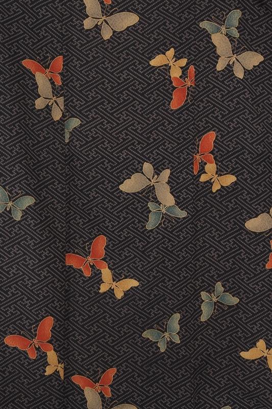 小紋6黒さや型紋 しぼり柄に色蝶
