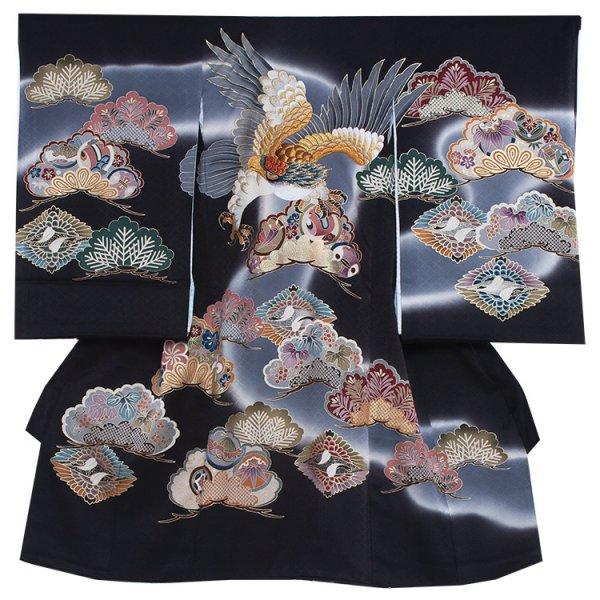 お宮参り男児269 黒地/刺繍鷹と色松に兜