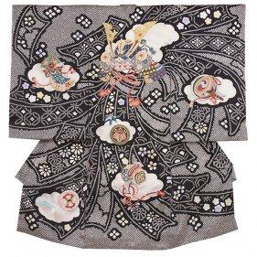 お宮参り男児2056 黒地/絞調刺繍兜