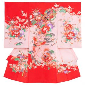 お宮参り女児125 赤地/牡丹と2つの花鼓