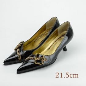 21.5 GINZA Kanematsu エナメルパンプス 黒