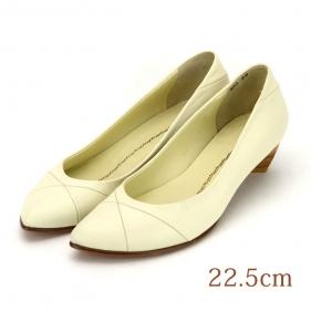 22.5 OTO パンプス 3.5cmヒール ホワイト