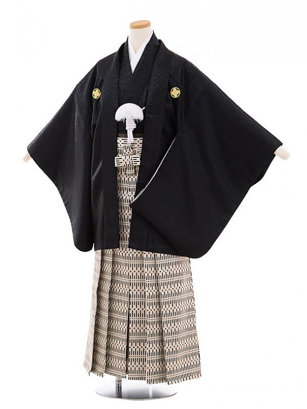 ジュニア袴男児9466 黒地菱柄紋付×ベージュ黒袴