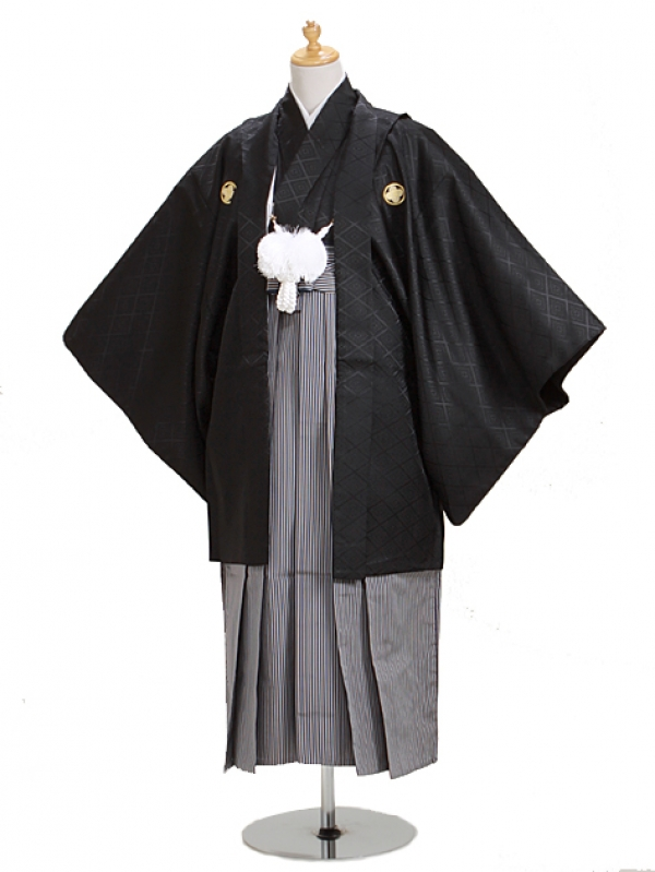 ジュニア黒紋付 高級正絹縞袴 【中】3-C
