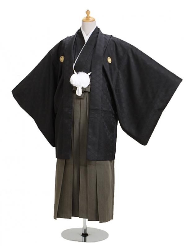 ジュニア黒紋付 高級正絹縞袴 【中】4-B