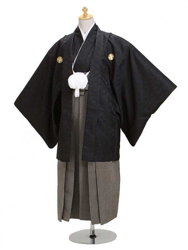 ジュニア黒紋付 高級正絹縞袴 【中】7-E