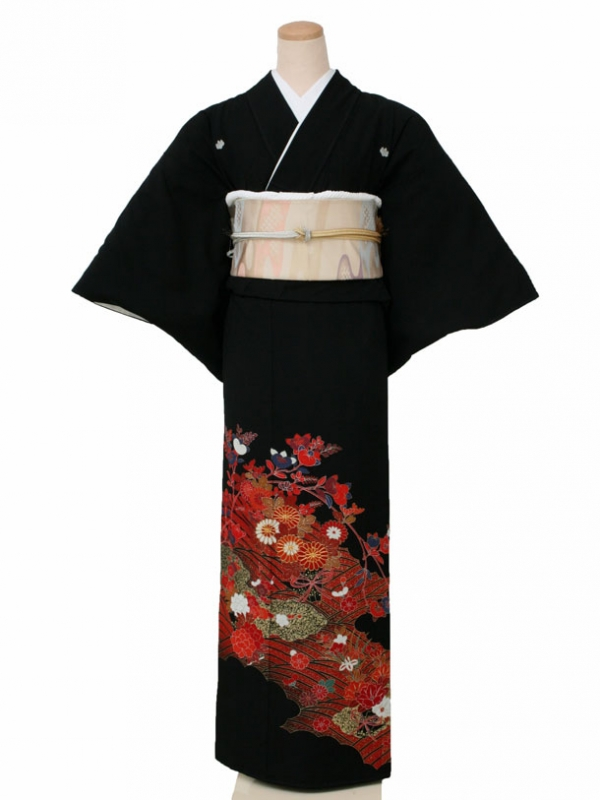 黒留袖0042赤波と橘