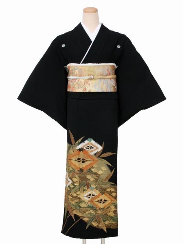 黒留袖0082笹に向かい鶴