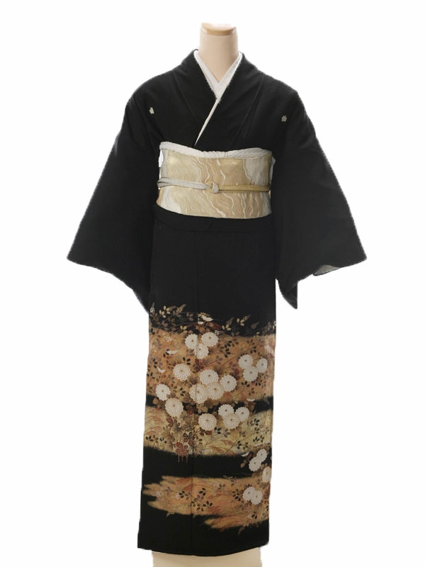 黒留袖5042金雲型白菊