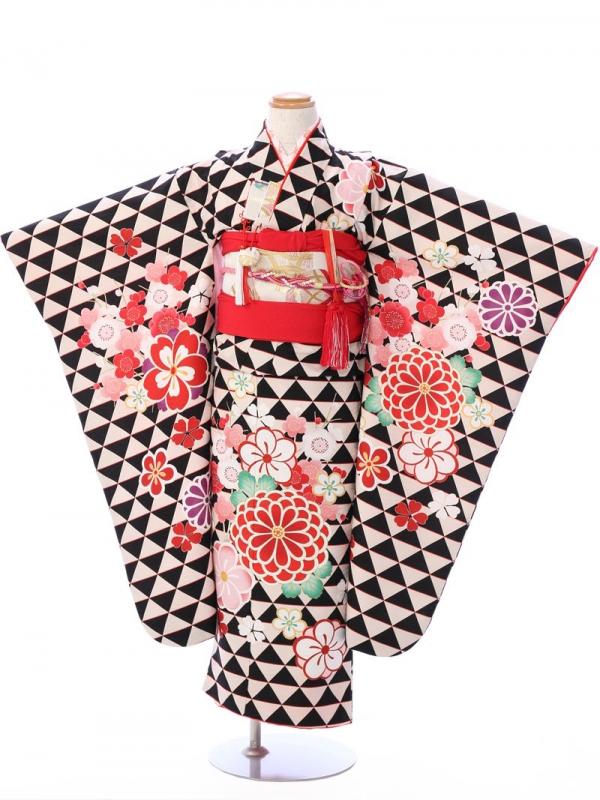 七五三(7歳女)7082黒×オフ白 ウロコに菊梅桜