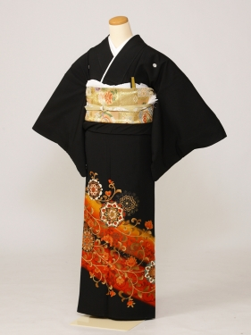 黒留袖0199赤唐草鏡表(化繊)