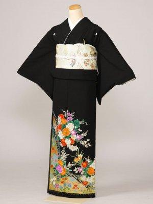 黒留袖0019花束裾にふちどりの柄(化繊)