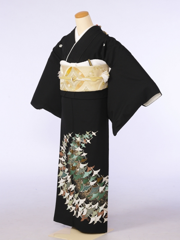 黒留袖0055白グリーン茶光林鶴(化繊)