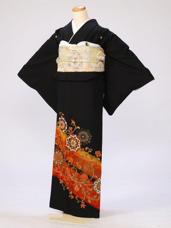黒留袖0248鏡表朱唐草(化繊)
