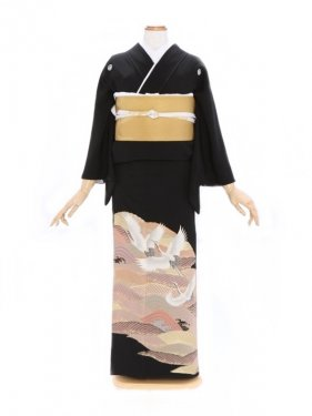 黒留袖345五色青海波に鶴