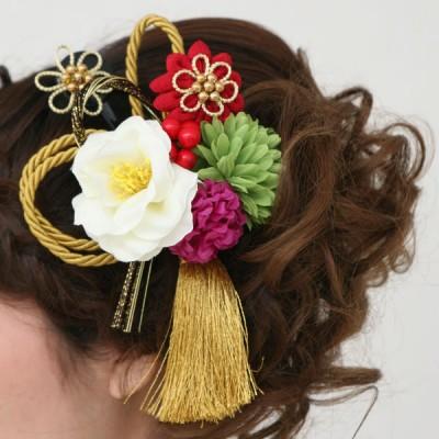 髪飾り376白椿と赤小バラ