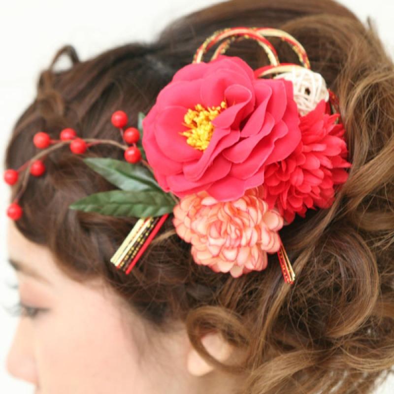 髪飾り359赤椿水引