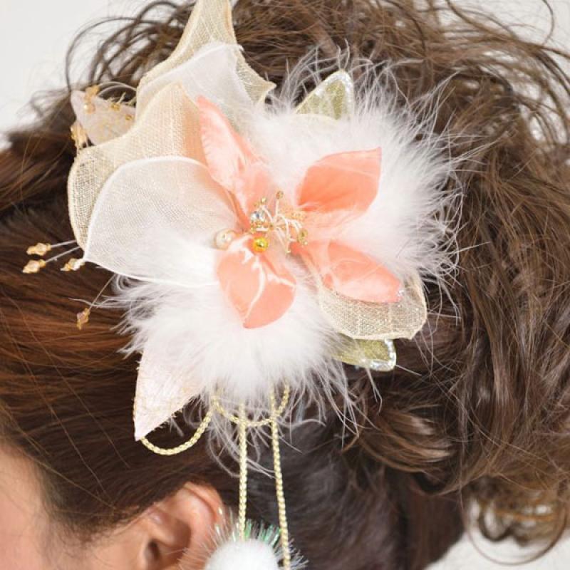 髪飾り131ピンク白ボアー付き
