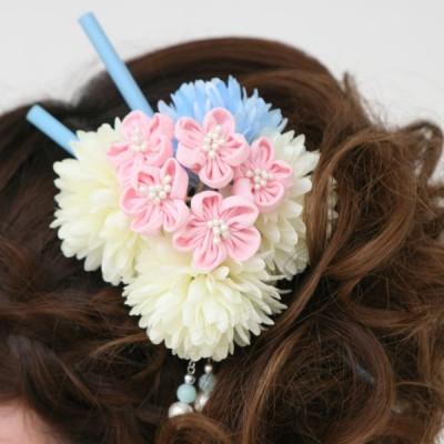 髪飾り329ピンクと白花ブルー櫛付